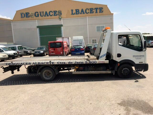 Grúa en Desguaces Albacete