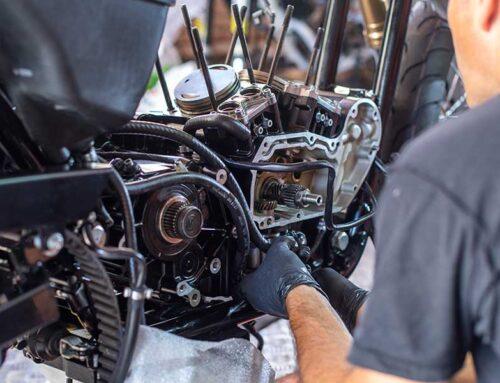 6 ventajas de arreglar una moto con piezas de desguace